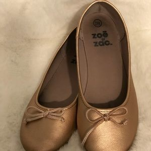 Girls gold shoes